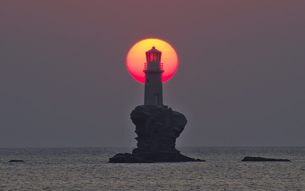 Farul Tourlitis – Insula Andros